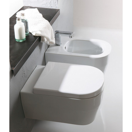 bathrooms with suspended sanitary ware Tutto Evo Olympia Ceramica