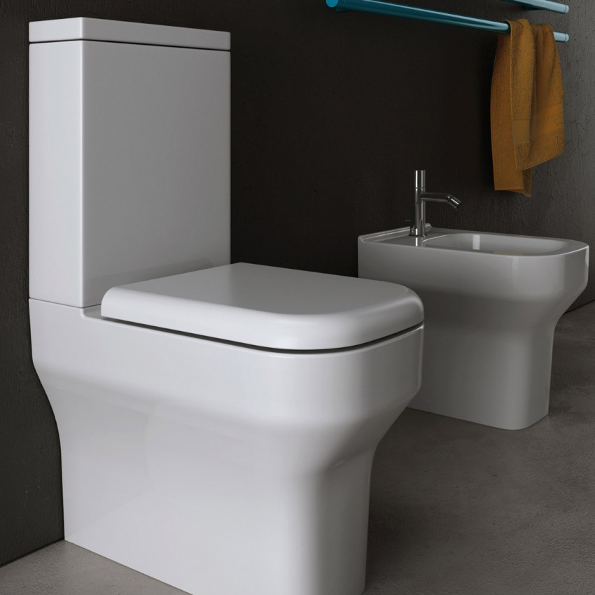 bathroom with external cistern Synthesis Olympia Ceramica