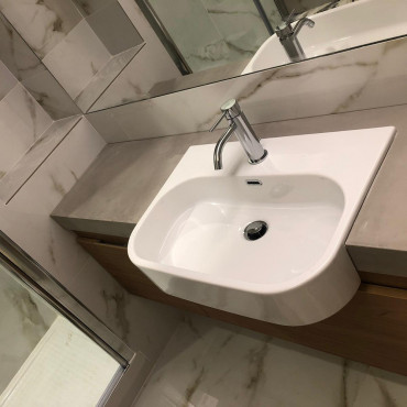Lavabo de baño semi empotrado Synthesis