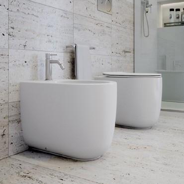 Toilette ohne Spülrand und Bidet bei IDEEARREDO.com online kaufen