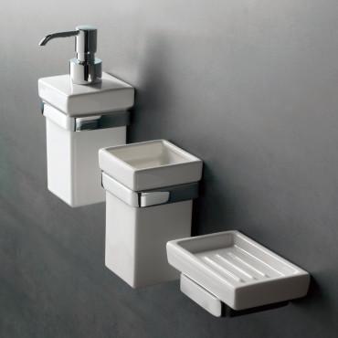 Accessoires de salle de bain murale