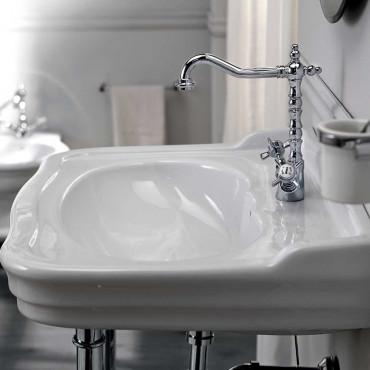 Lavabo de salle de bain classique