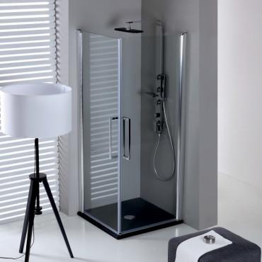 Cabines de douche d'angle avec porte battante
