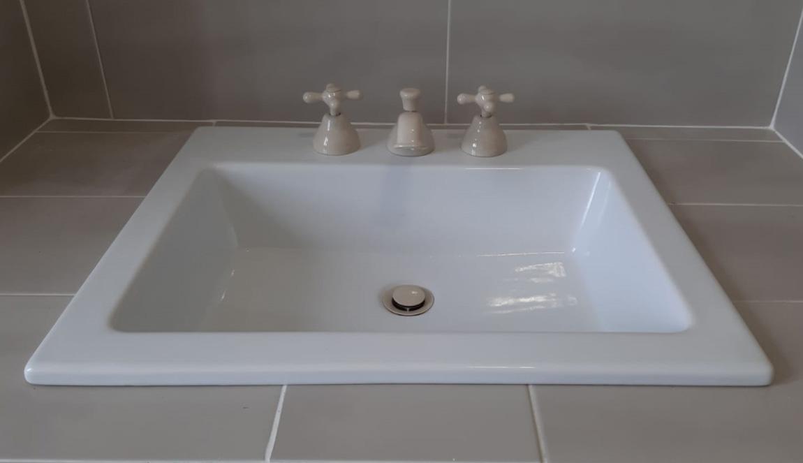 Fornitura lavabo incasso soprapiano rettangolare 62 Olympia Ceramica