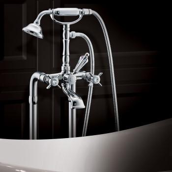 robinets de salle de bain vintage
