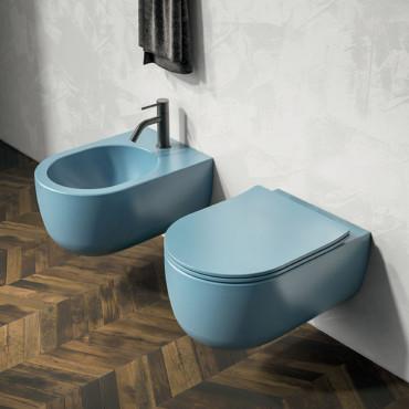 sanitaires modernes colorés, sanitaires de couleur bleue
