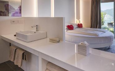 L'Hotel Casa Barca sceglie il nostro e-commerce e i lavabi della collezione Tratto